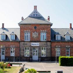 Bornholm: Folkemøde overnatning Sommerhus, Feriehus, Hotel, Pension  -  Rønne H