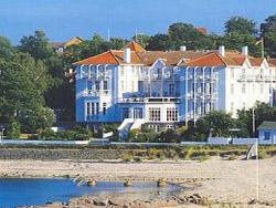 Bornholm: Folkemøde overnatning Sommerhus, Feriehus, Hotel, Pension  -  Bornholmferiehuse