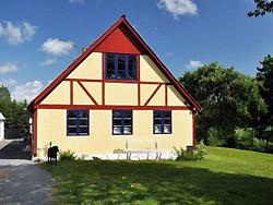 Ferie Bornholm Overnatning i Sommerhus, Hotel & Pensio      -  Dyrstensholm