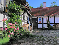 Bornholm: Folkemøde overnatning Sommerhus, Feriehus, Hotel, Pension  -  Baadstad-Strand ferielejligheder